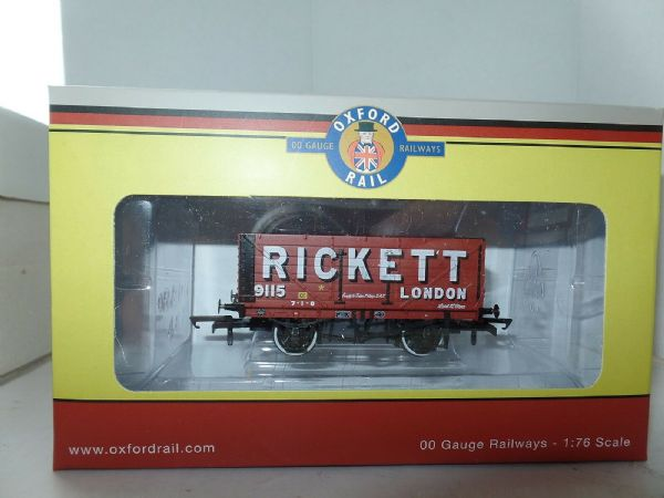 Oxford Rail OR76MW7022  MW7022 Mineral Wagon 7 Plank Rickett London 3Disk Wheels